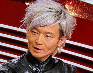 画像|宮田教授の髪型がFFクラウドみたいでイケメン!銀髪はいつから?
